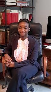 Imágenes de Julie Owono, encargada de la división África de Internet Sans Frontières y una de las voces más autorizadas de la campaña #BringBackOurInternet.- El Muni.
