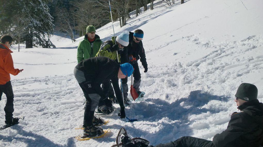 Toujours au Pré aux Anges. Nous en profitons pour organiser un exercice de recherche de victimes d'avalanche.