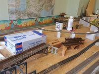 Installation d'une nouvelle voie. Rail club Terrug Helissen presqu'île