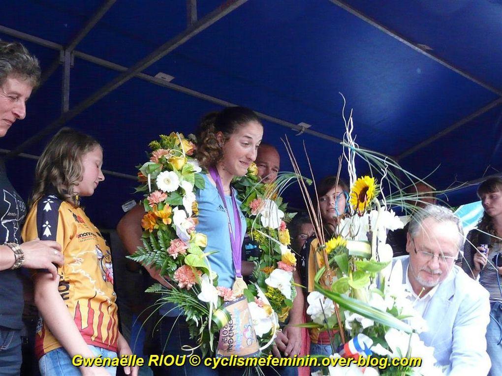 14/08/2012 - retour triomphal de Julie BRESSET à Ploeuc-sur-Lié (22) en Bretagne - Médaillée d'OR en VTT aux JO de Londres - photos Gwénaëlle RIOU