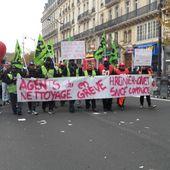 GRÈVE ONET : Entourés de nombreux soutiens les grévistes du nettoyage SNCF manifestent à Saint-Denis - Ça n'empêche pas Nicolas