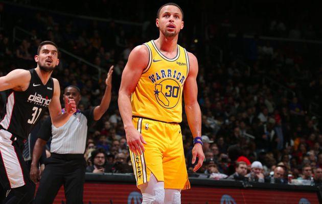 Stephen Curry et les Warriors viennent à bout de Washington