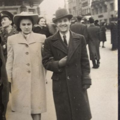 Antol Ion , Sef Director , Fabrik - Drata , from Bucharest , in Photo , Calea Victoriei - Streer , in Year 1944