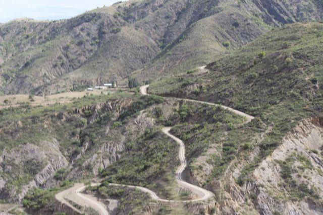 Le cratère de Maragua et famille de tisserand