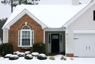 When and why to repair garage doors