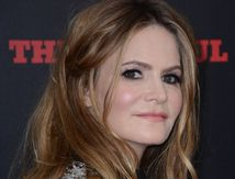 Une fille de la balle : Jennifer Jason Leigh