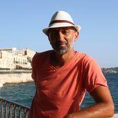"""Portrait du jour : Tom Noti, """" le roman c'est l'épicentre de sa vie """" - Le blog de Philippe Poisson"""