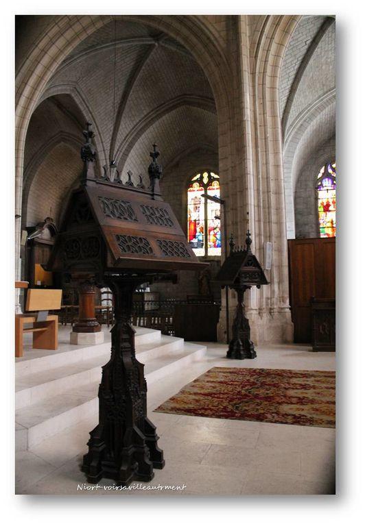 quelques photos de l'intérieur de l'église Notre Dame