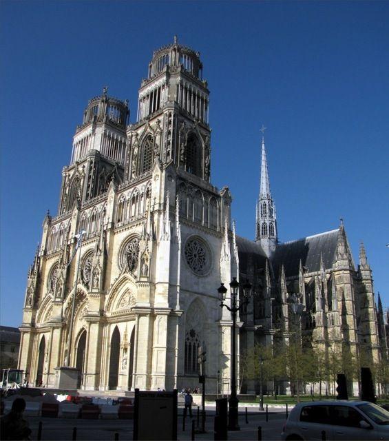 Photos Cathédrale Sainte-Croix. Source internet. Lithographie Chapuy. 1825