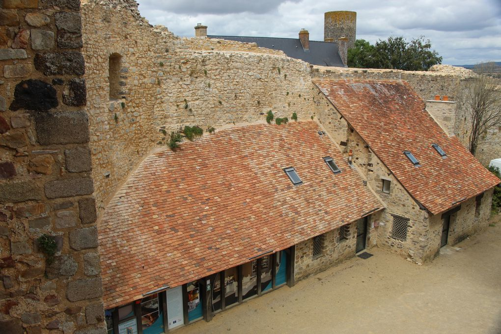 Sainte Suzanne , plus beau village de France (1)