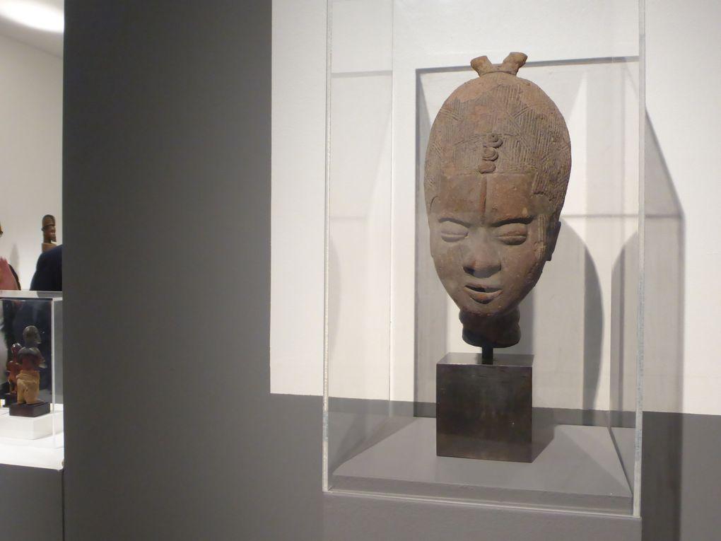 Vues de l'exposition de la Vente Art d'Afrique & d'Océanie, Sotheby's Paris 24 juin 2015 © Le Curieux des arts, Gilles Kraemer, 22 juin, Paris