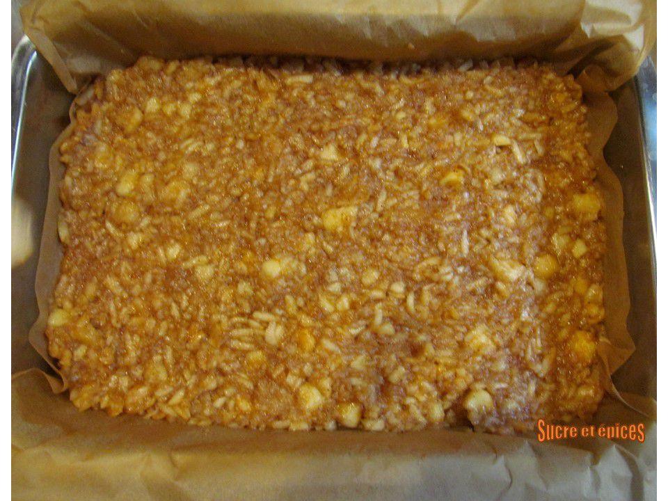 Gâteau aux pommes à la pâte sablée comme un Millefeuille
