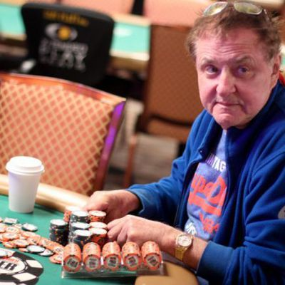 Poker Hall of Fame : votez pour Pierre Neuville !