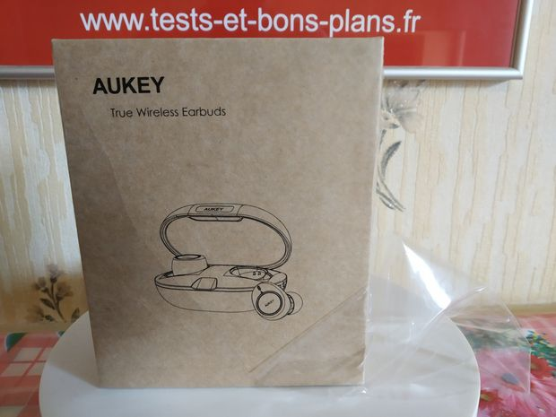 unboxing des écouteurs intra-auriculaires True Wireless - Aukey EP-T20 @ Tests et Bons Plans