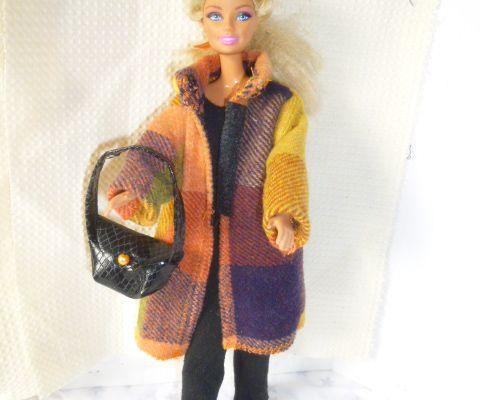 Manteau en tartan pour Barbie