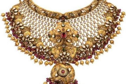 4 awesome rules for wearing gold jewellery to enhance your best features by