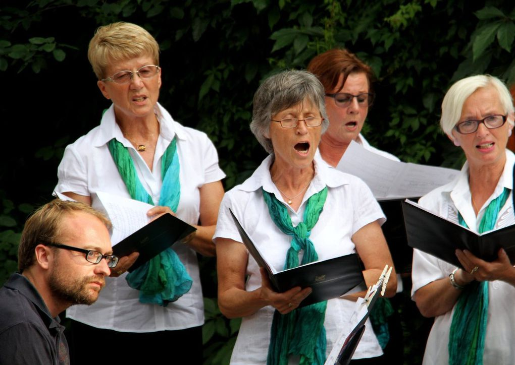 Großer Zuspruch beim gelungenen Serenaden-Konzert des Männergesangvereins im idyllischen Rathaushof