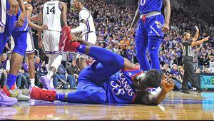 NCAA : victoire au goût amer pour Kansas qui perd Udoka Azubuike sur blessure à la cheville droite