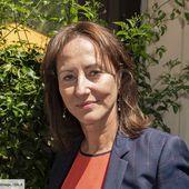"""""""L'autre folle"""" : Ségolène Royal flinguée dans un SMS... qui ne lui était pas destiné"""