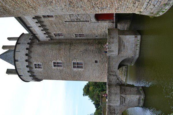 Sur la route de Brocéliande. Le château de Suscinio