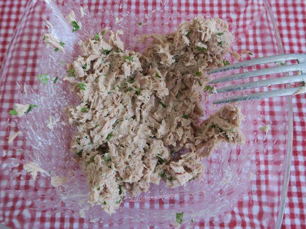 Wraps au thon, œufs durs et tomates séchées