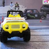 OFF ROAD RACER HOT WHEELS 1/64 JEEP LITTLE DEBBIE PROMOTION SUNBELT - car-collector.net