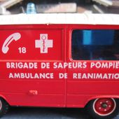 PEUGEOT J9 TONER GAM SOLIDO BRIGADE POMPIERS AMBULANCE REANIMATION - car-collector.net