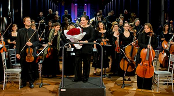 orchestre divertimento, un orchestre qui réunit 70 musiciens professionnels d'ile de france créé en 1997 par zahia ziouani la directrice musicale