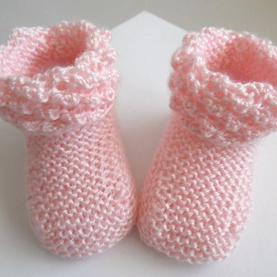Chaussons roses, bb fille, laine calinou, à revers astrakan, bebe tricot