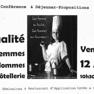 """Animatrice de l'atelier expo-photo au Lycée Hôtellier """"La Closerie"""" à St Quay Portrieux"""
