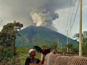 """The volcano is not so scary if you keep a safe distance"" - a click to enlarge"