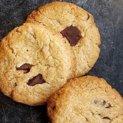 """Les meilleurs cookies vegan (inspirés des cookies """"Levain Bakery"""")"""