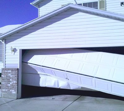 Reasons why you hire professional commercial garage door service