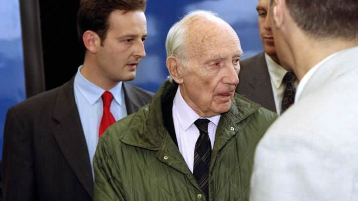 Interpol issues warrant for French war criminal