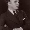 Chaplin ou du chaos naît une étoile