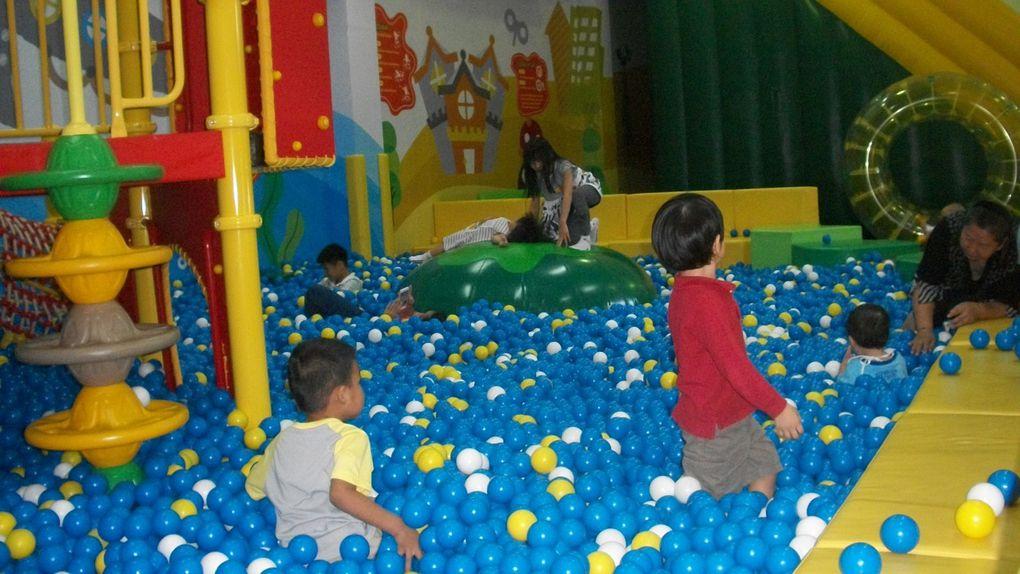 Thaïlande : L'air de jeux Kidzoona  UD town UDON THANI