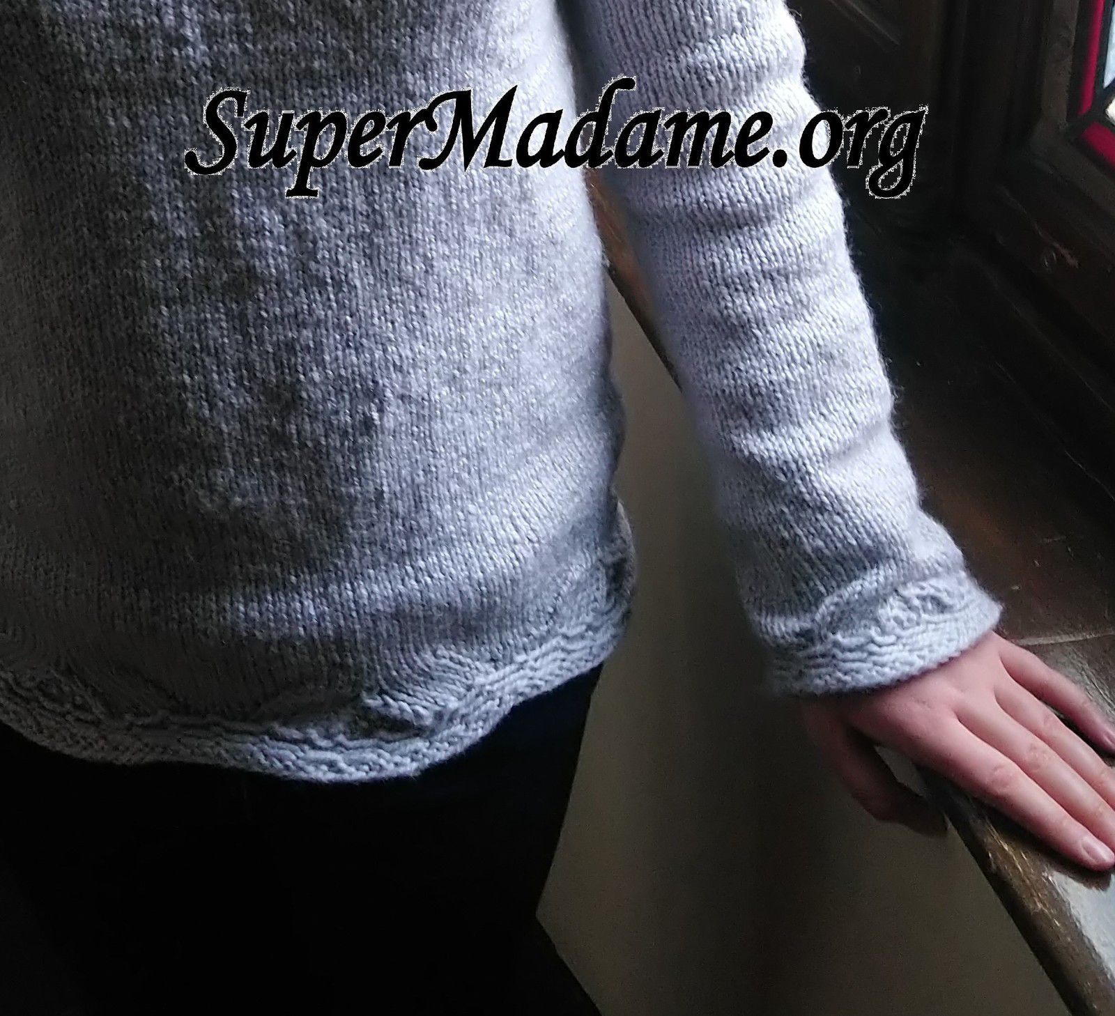 Test tricot pull fille simple facile feston