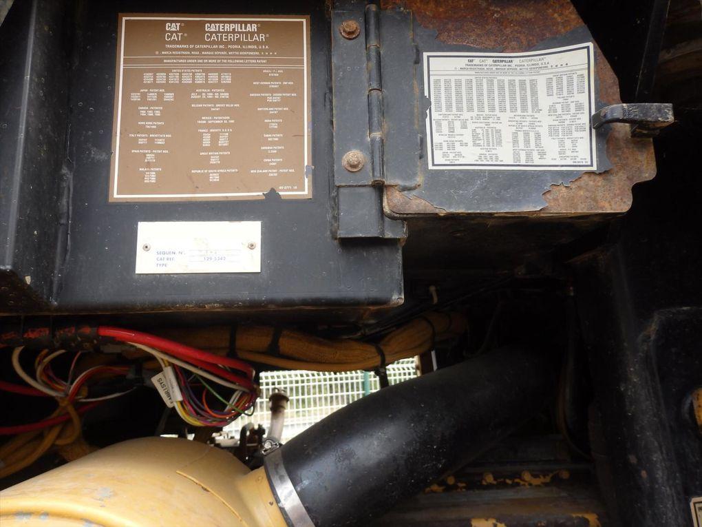BULL TRAX Godet Chargeur 363C CAT Tel: 0608066192 Pierre BASSAT TRANSCOMM13