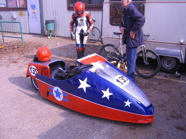 5 eme Sidecar-party 2012 Lurcy-Levis. Démonstrations sidecars de vitesse sur piste