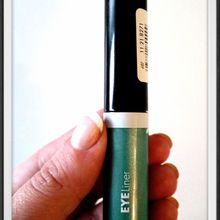 Eyeliner vert métallisé - Hema