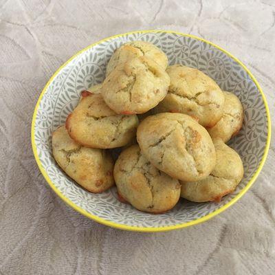 Mini madeleines au gorgonzola et à l'origan