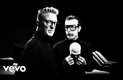 EODM (Eagles of Death Metal) - Complexity...