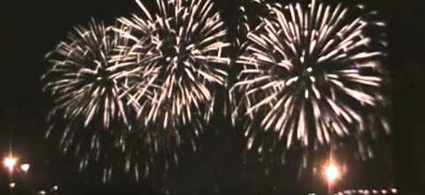 Montréal : un feu d'artifice hommage à U2 - LE BLOG DE GUYTOU