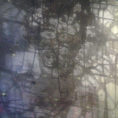 Toile abstraite , visage en transparence