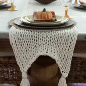 Knitted Table Runner - Savvy Apron