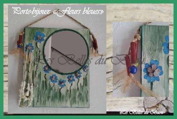 """Porte-bijoux modèle """"Fleurs bleues"""""""