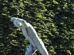 Quelques-unes des statues dispersées dans le parc