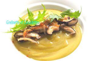 Mousse de Pois Cassés et Fricassée de Shiitakés
