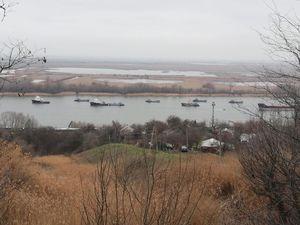 DON pas paisible : Les péniches de débarquement Russes de la flotte de la Mer Caspienne arrivent dans la Mer Noire . [ MAJ ]