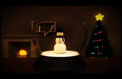 Vidéo gag d'un bonhomme de neige dans la rue